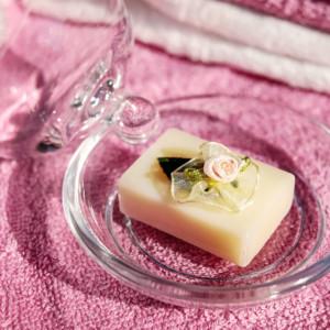 今、美容界で再注目されている固形石鹸の魅力&おすすめ3選